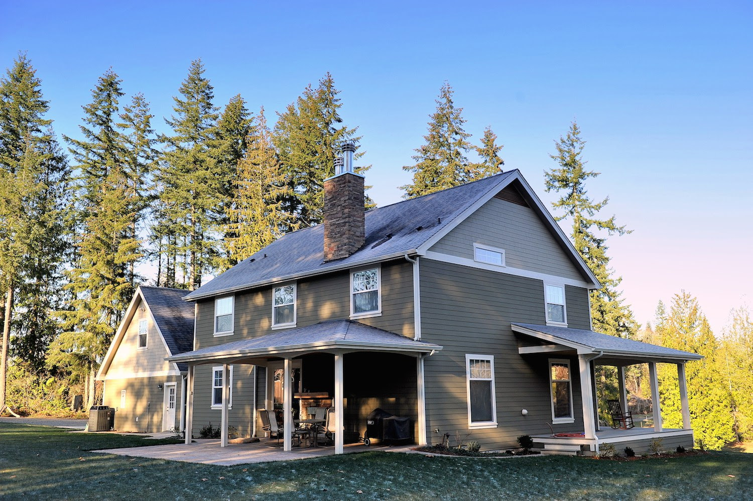 Brodie Heck Construction Inc Farmhouse Back