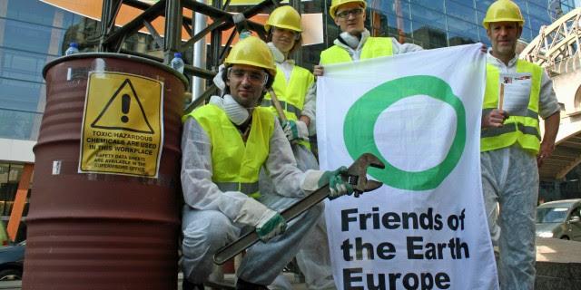 http://www.foeeurope.org/sites/default/files/styles/node_header_640/public/shale_gas/2015/drill4all_8.jpg?itok=QW8i4NZn