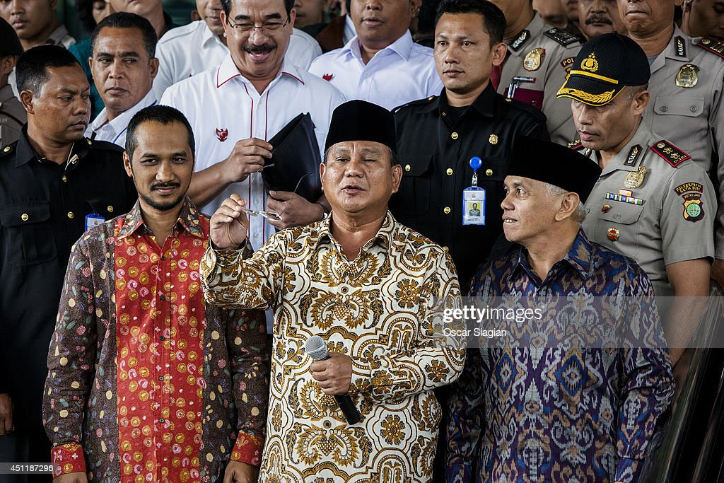 Jakarta Presidential Candidate Prabowo Subianto Attends AntiCorruption Commission  Getty Images
