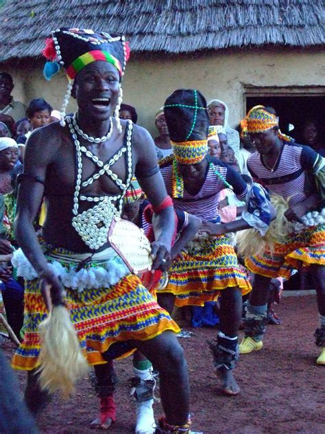 African dance. African dance refers mainly to the dance of