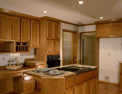 Which Color Of Granite With Maple Cabinets
