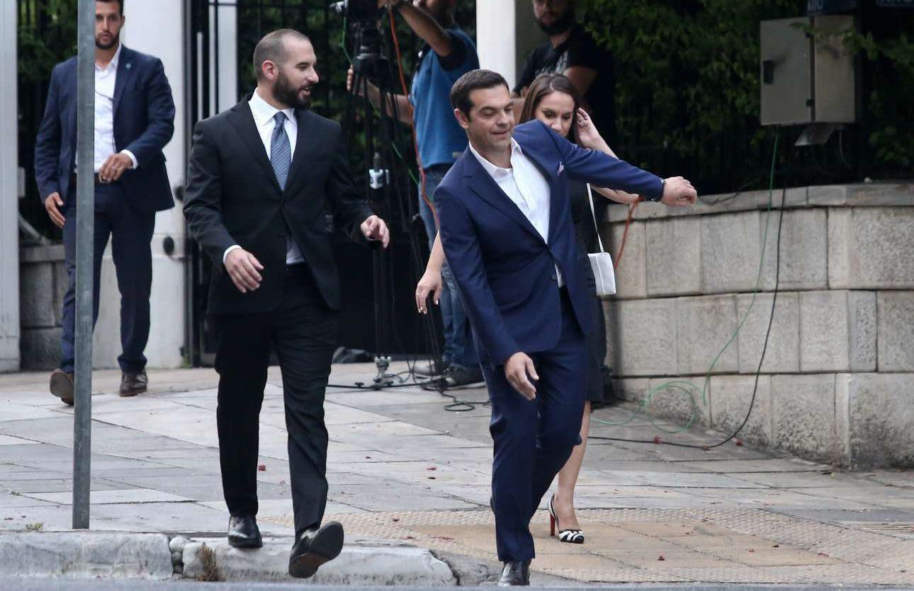 Αποτέλεσμα εικόνας για δεξίωση στο προεδρικό με Ρίβλιν