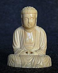 بوذا الياباني الصغير المصنوع من العاج (يبلغ طوله 1.75 بوصة)