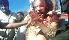Gheddafi poco prima della brutale esecuzione
