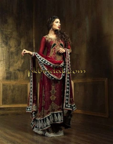 Latest Pakistani Designer Traditional Red Bridal Wear Dress