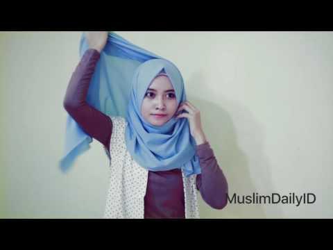 VIDEO : tutorial hijab simple untuk kuliah, kampus & sehari hari - ke kampus denganke kampus denganhijabbikin kamu lebih modis dan islami. ikutike kampus denganke kampus denganhijabbikin kamu lebih modis dan islami. ikutitutorialsimpel da ...