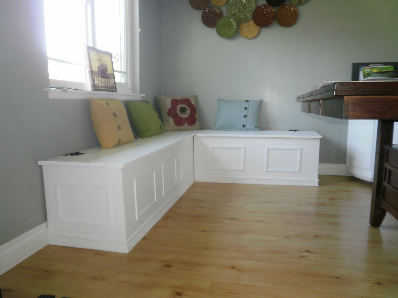 Picture of: Diy Dining Storage Bench