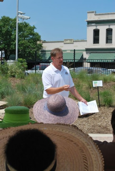Mark Grueber, an Urban Forester with the Missouri Department of Conservation, leads the native plant discussion at this year's first Neighbors Naturescaping program