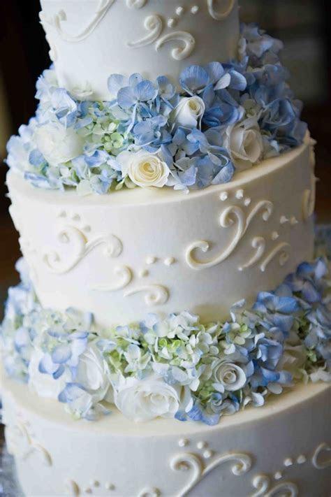 Best 25  Blue cakes ideas on Pinterest   Blue big wedding