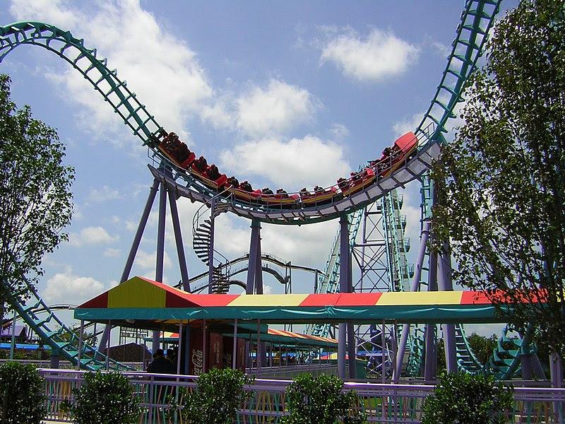 File:Boomerang-rollercoaster.jpg