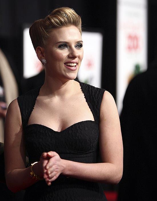 """A atriz Scarlett Johansson na pré-estreia de """"Compramos um Zoológico"""", em Nova York"""