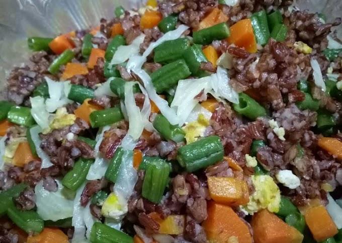 Resep Nasi goreng nasi merah Lezat