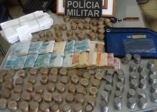 O casal deixou cair um malote com a quantia de R$ 14 mil reais