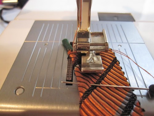 Use Zipper Foot for Piping