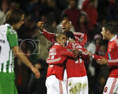 Carlos Martins fazia o 0-1
