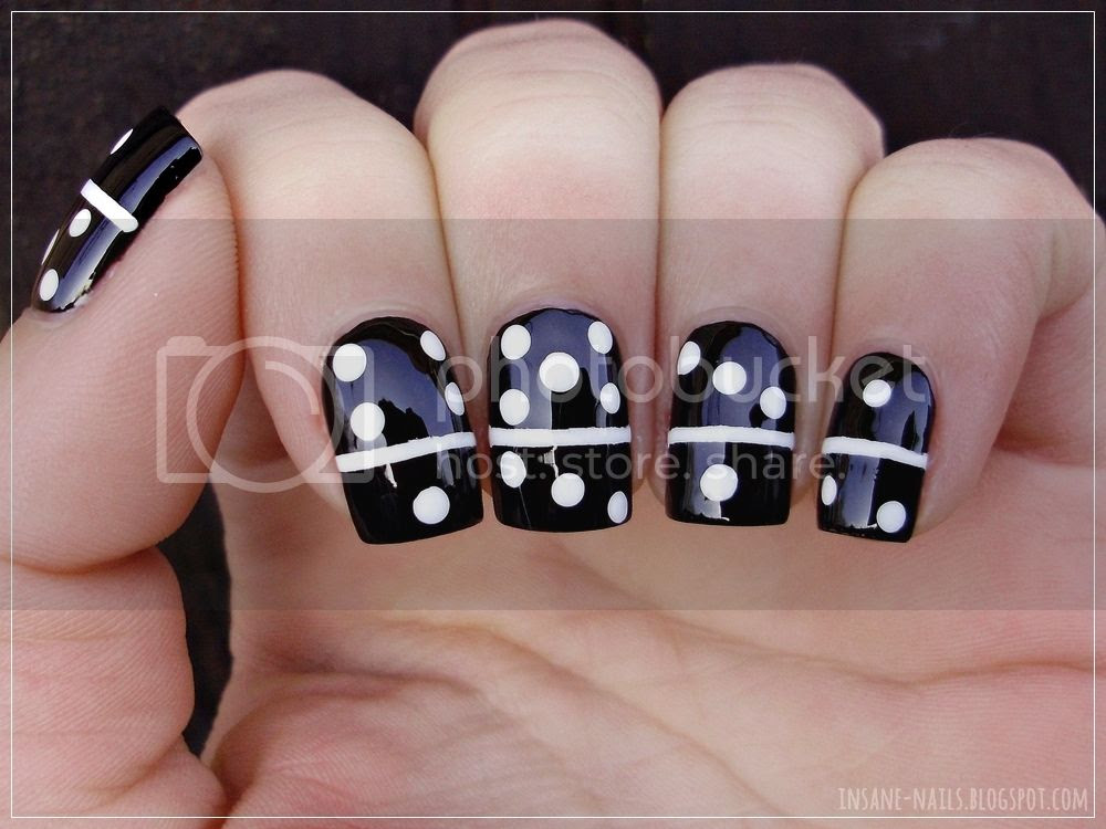 photo matching-manicures-black-and-white-4_zps9cksnxr3.jpg