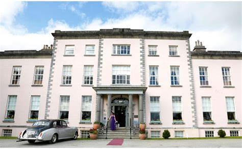 Gillian and Micheal's wedding in Longueville House, Mallow