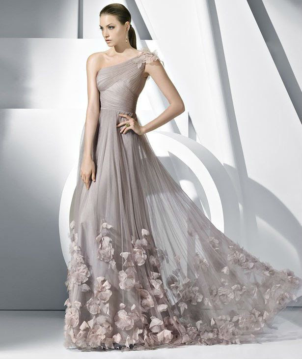 One Shoulder Grey Wedding Dress With Flowers and Thin Pleated Soft Tulle