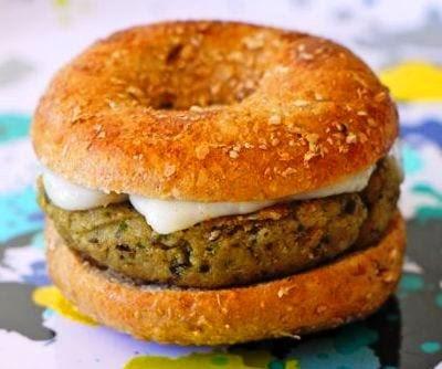Eggplant Burger1 Hamburguesa de berenjenas