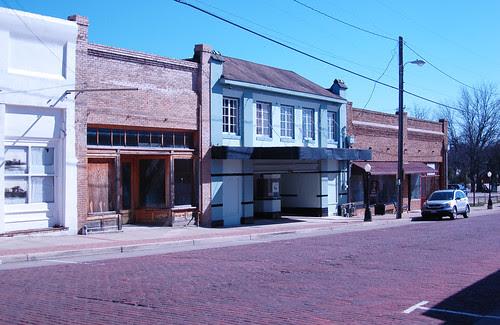 Cornes Theater