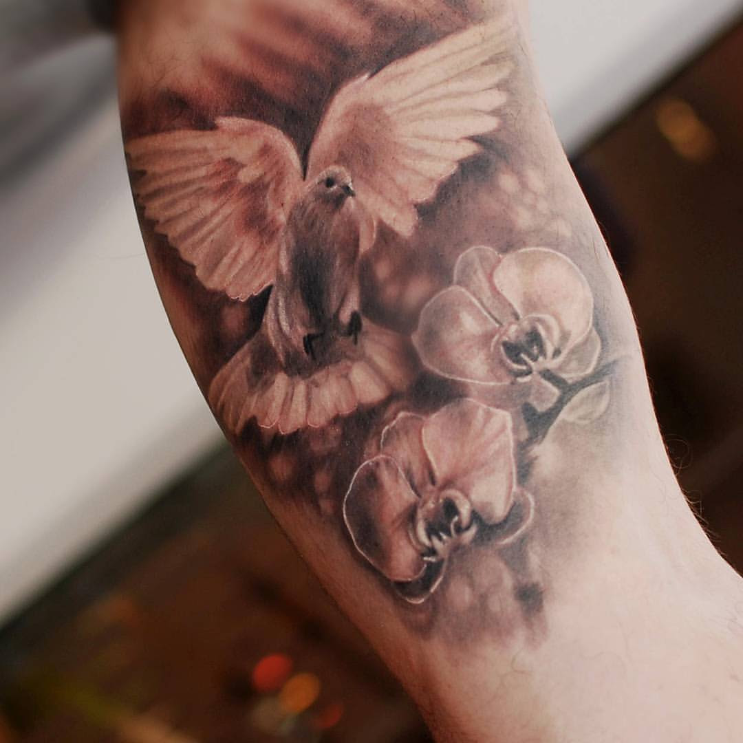 14 Dove Tattoos With Powerful Meaning Tattoos Win