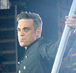 Robbie Williams at Sunderland 2011a crop.jpg
