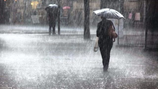 Heavy rains expected in several provinces and districts today