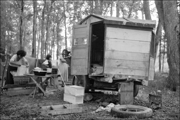1937-minnesota-little-fork-trailer-home.jpg