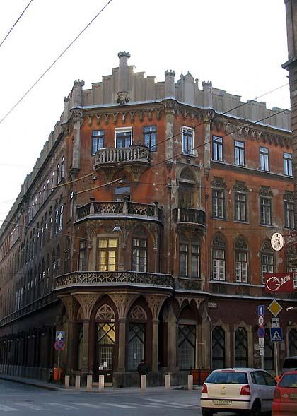 Budapest, Pekáry House, 2003