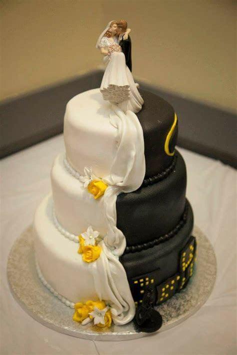 Half batman half traditional wedding cake   Wedding cake
