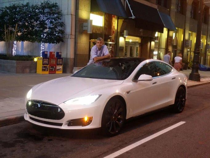 Henry Payne Payne The Ludicrous Tesla Model S P90d
