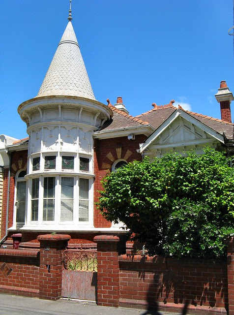 Albert Park Architecture by Dean-Melbourne