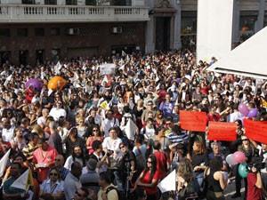 Servidores públicos protestaram no Centro de SP na segunda (Foto: Mariana Topfstedt/Sigmapress/Estadão Conteúdo)