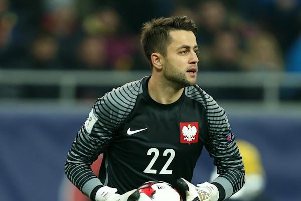 bfa5acfd4 Łukasz Fabiański piłkarzem roku w plebiscycie tygodnika