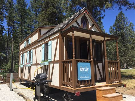 belle  leavenworth tiny house village