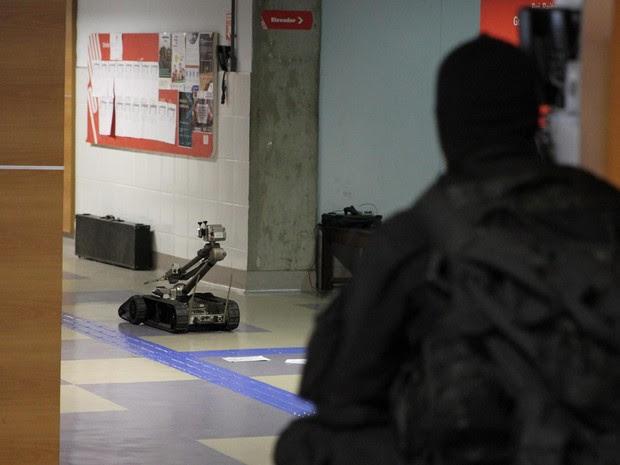 Grupo antibomba participou de operação (Foto: Alberto Maraux/Ascom SSP)