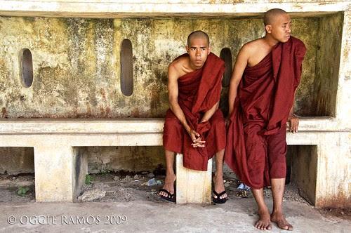 kyautatgyi novice monks