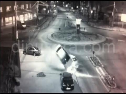 [VIDEO] Accident spectaculos în Suceava, în sensul giratoriu din Burdujeni
