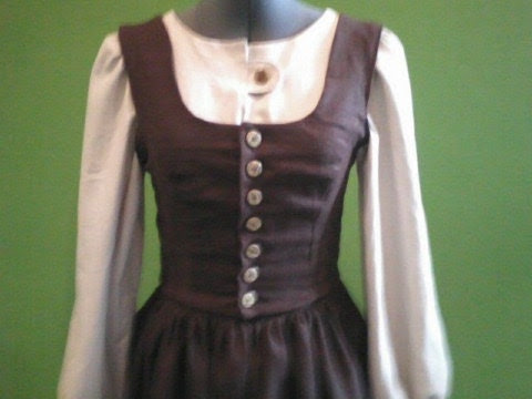 Maria's Brown Linen Dress from the Sound of Music - tulipdesign