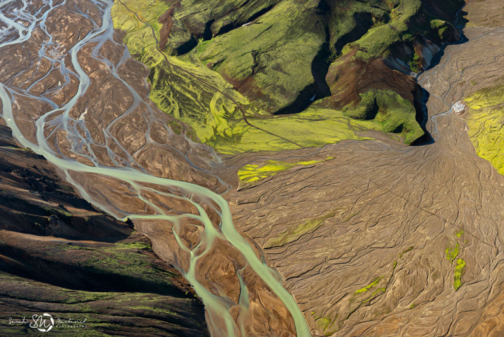 Impressionantes fotos aéreas das paisagens da Islândia 05
