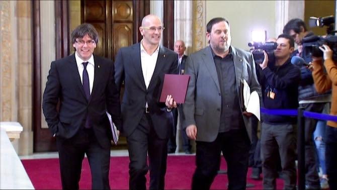 Puigdemont, Romeva i Junqueras, després de la sessió de control al Parlament