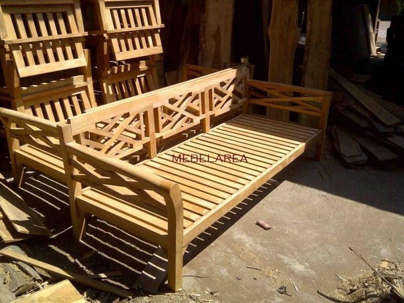 Bangku Garden Kayu Jati Solid Model Terbaru Harga Murah