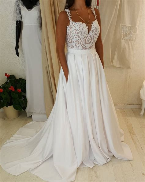 #fafb   Custom plus size wedding dresses with empire waist