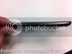 Samsung Galaxy Nexus GT-I9250 (5) - Vista lateral izquierda