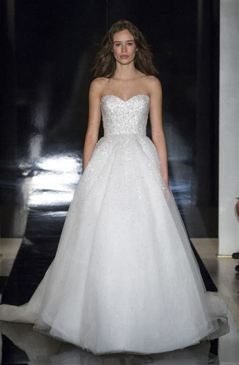 20 Beautiful Wedding Dresses from The Best Designers