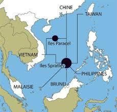Pékin s'affaire à des travaux de remblaiement de neuf îles artificielles en mer de Chine méridionale, soit sept dans l'archipel des îles Spratleys et deux autres dans l'archipel des îles Paracels.