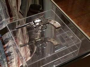 Arma que Getúlio Vargas usou em seu suicídio - Palácio do Catete (Foto: Marcelo Elizardo/G1)