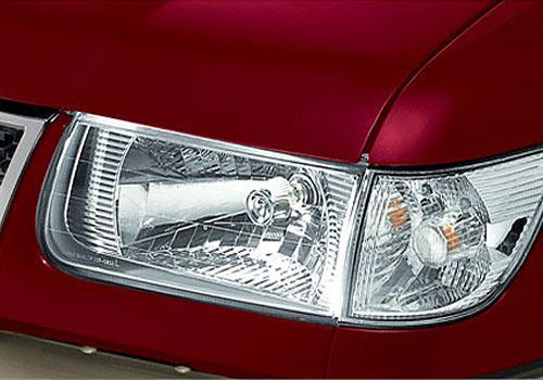 Chevrolet Tavera Headlight