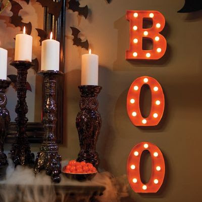 The mantel is the heart of your room, so dress up that little ledge to celebrate Halloween with this decorating guide | Grandin Road Halloween Haven