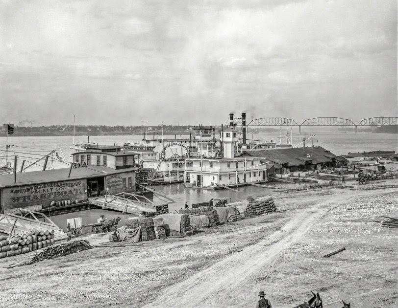 Louisville Wharfboat: 1905